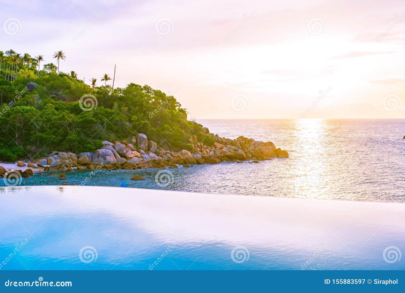 Beautiful Outdoor Infinity Swimming Pool In Hotel Resort ...