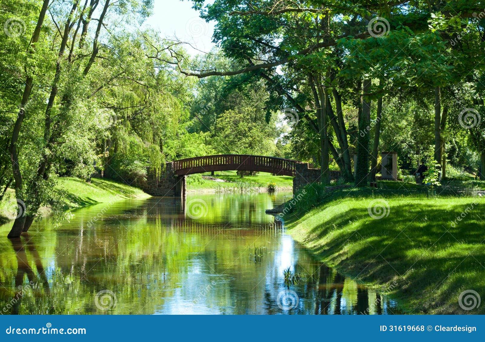 spring garden bridge park - photo #28