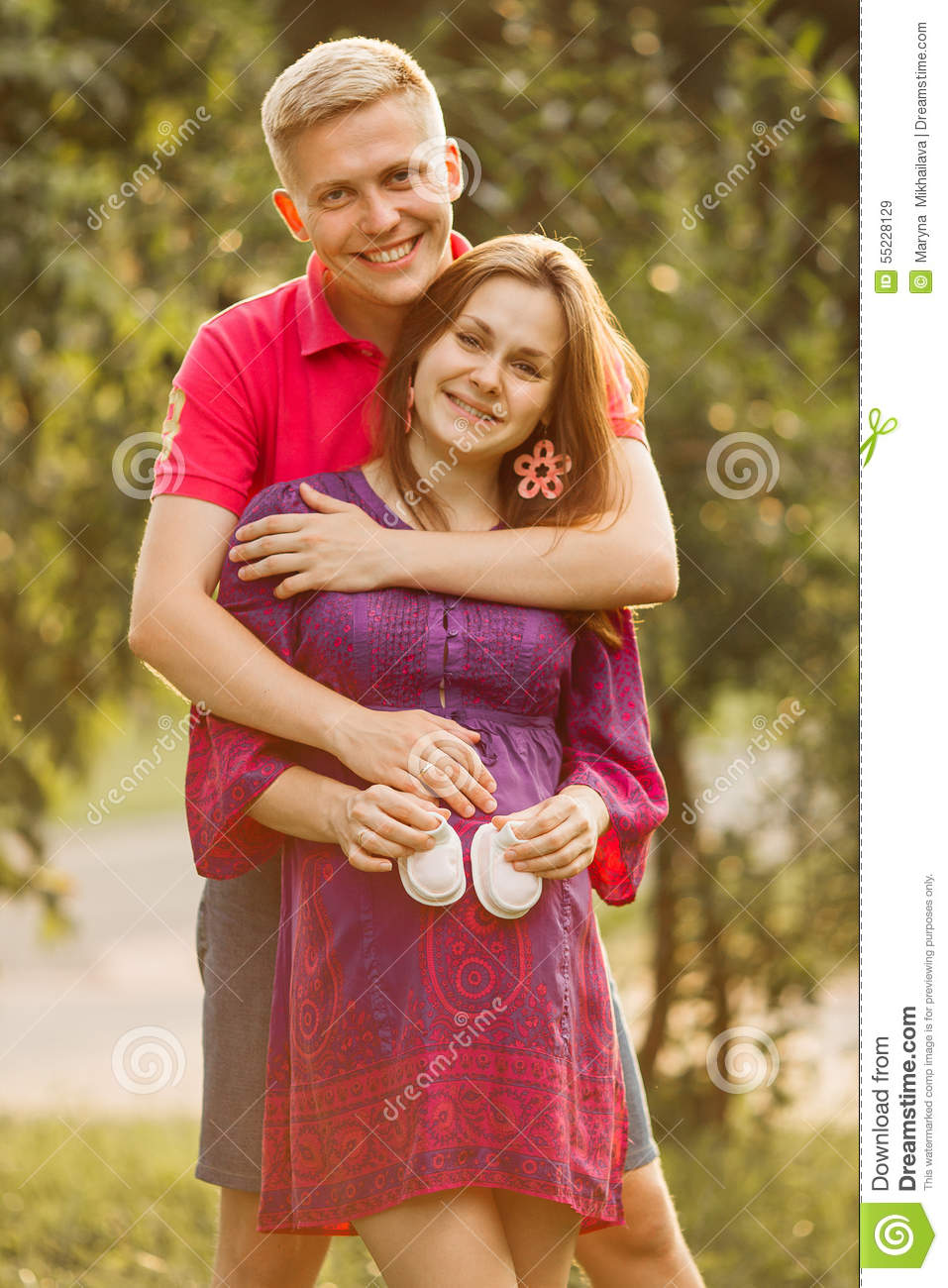 Beautiful Pregnant Woman And Man Couple In Love Stock ...