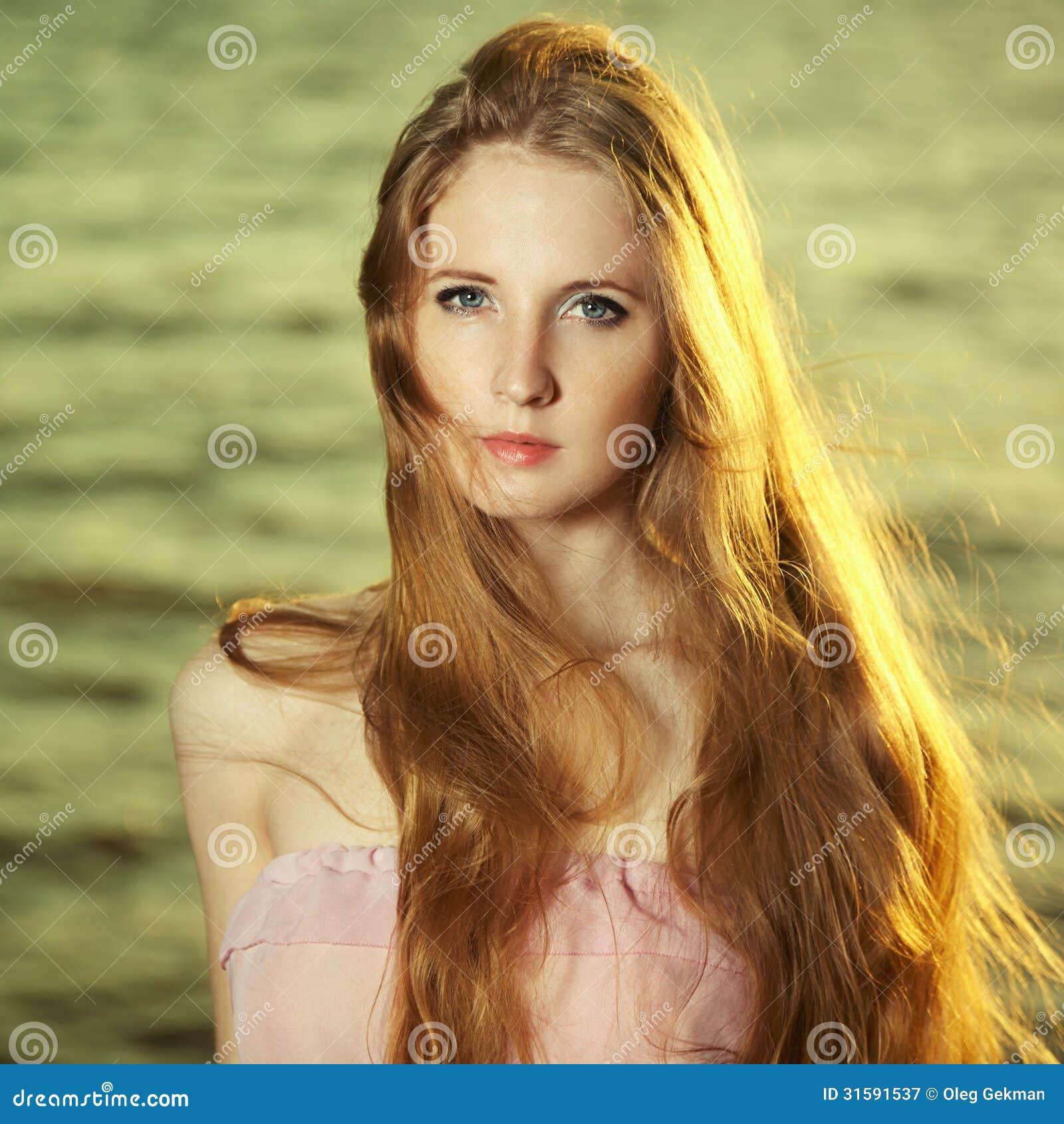 Free Redhead Girl Pics