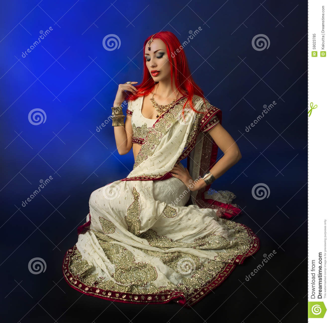 Beautiful Redhead Woman In Traditional Indian Sari -8412