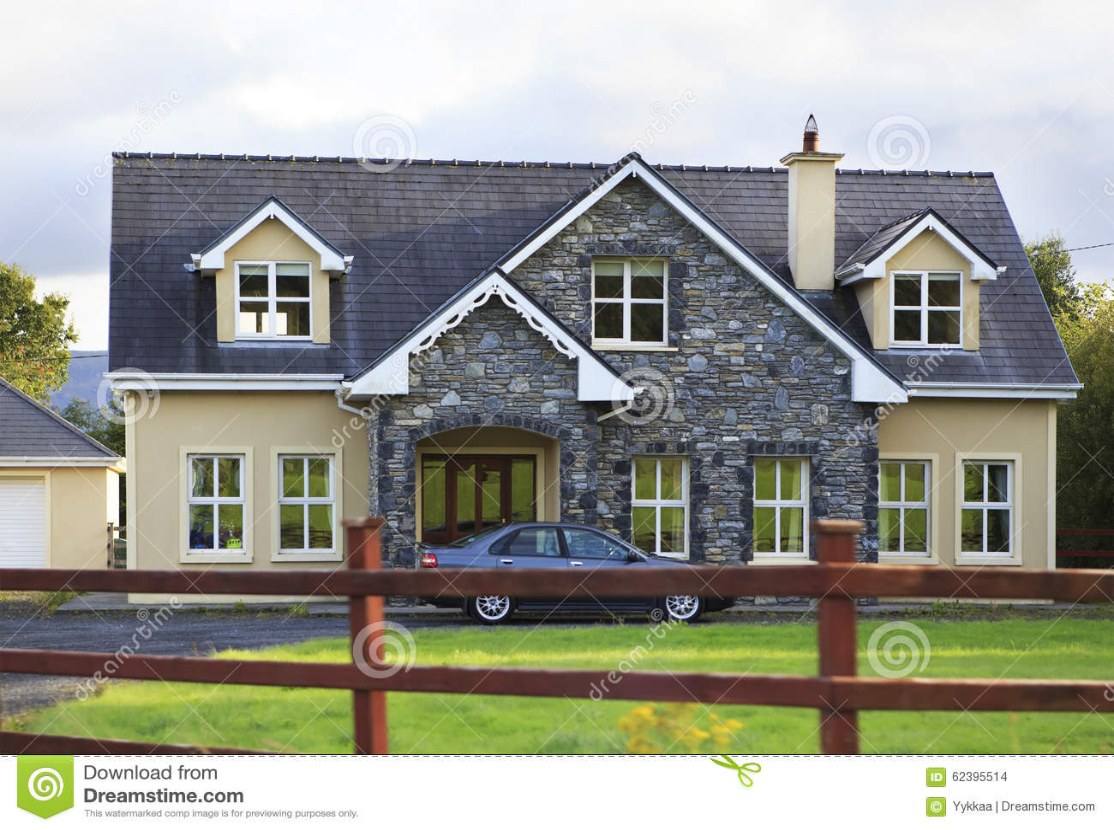 Beautiful residential country houses in ireland editorial - Casas de campo bonitas ...