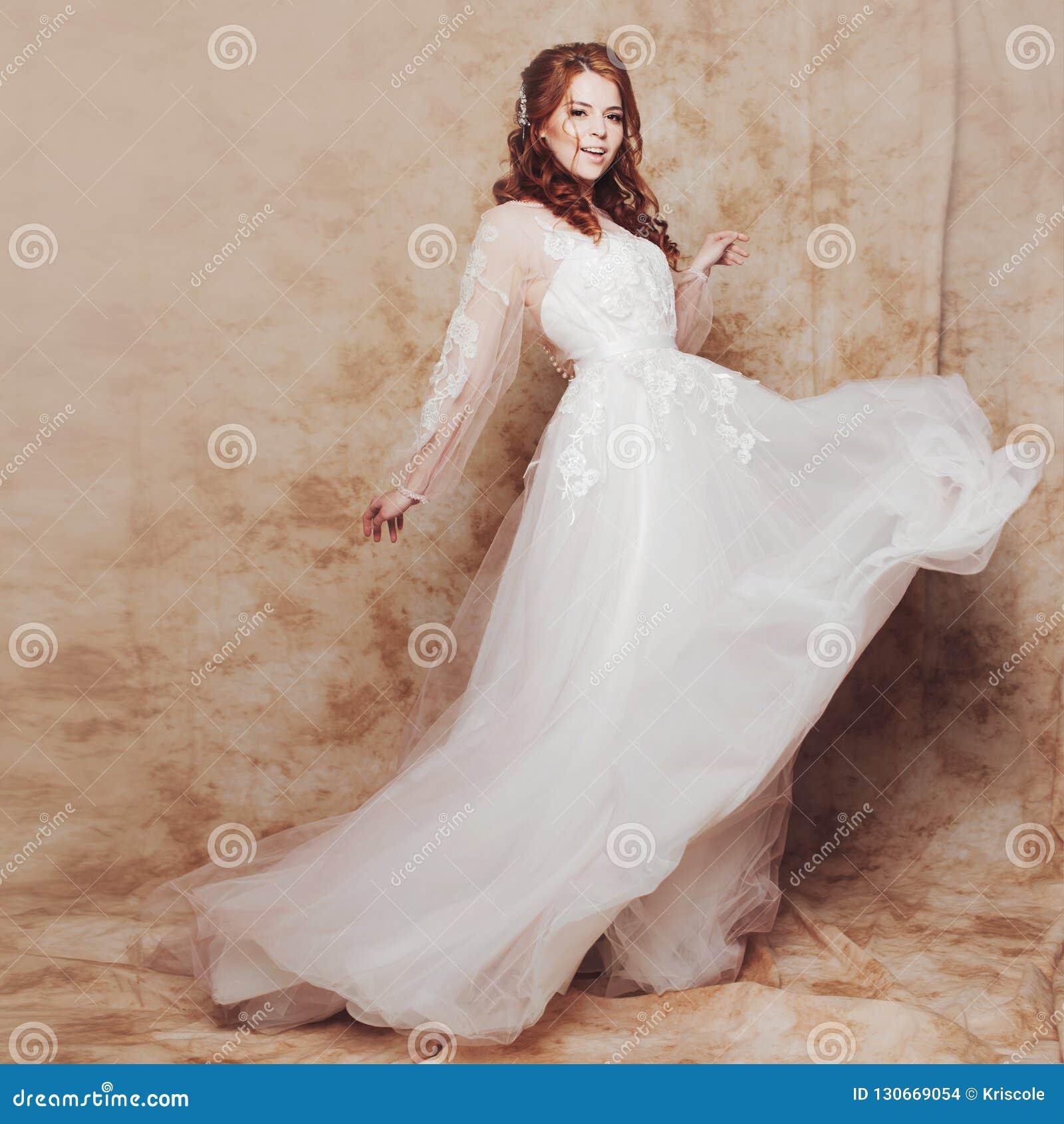 Под юбкой фотки невест — photo 12