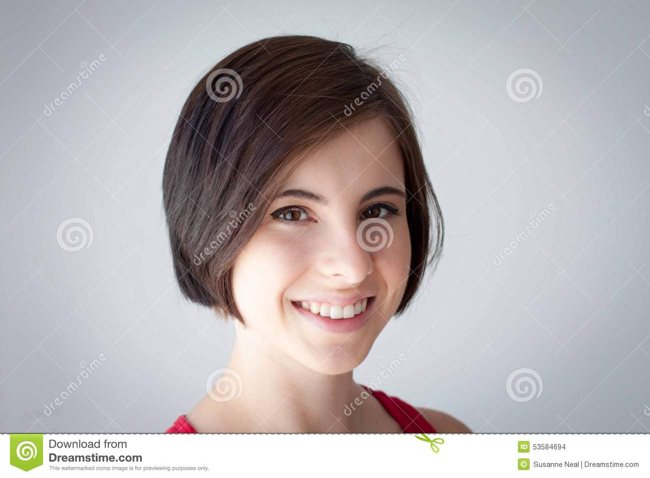 facial teen Short hair girl