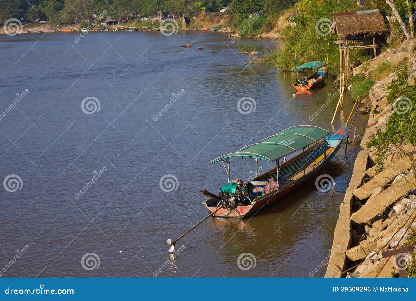 Beautiful scene of Kok River at Chiang Rai province.