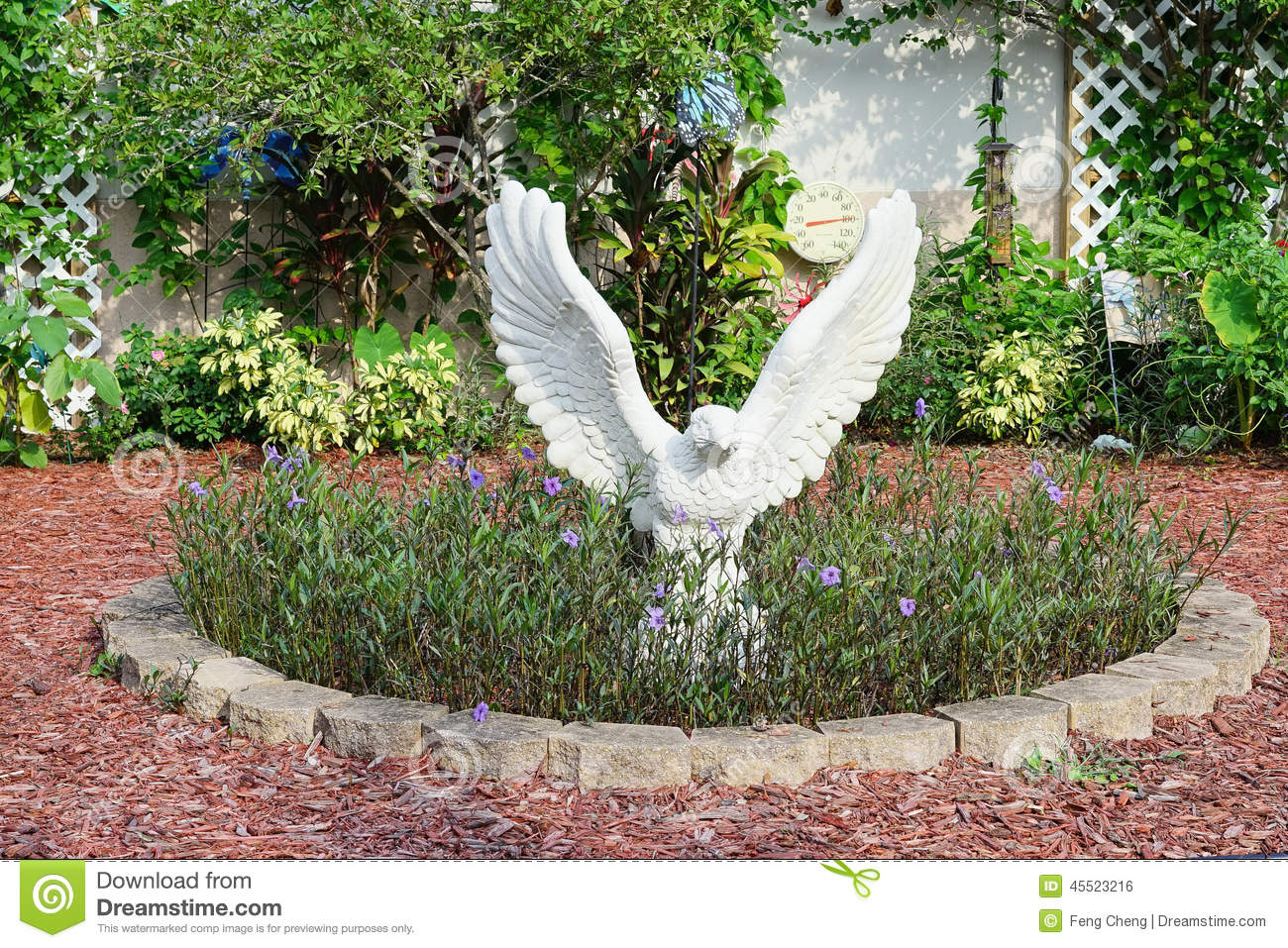 Great A Beautiful School Garden And A White Statue Of Eagle