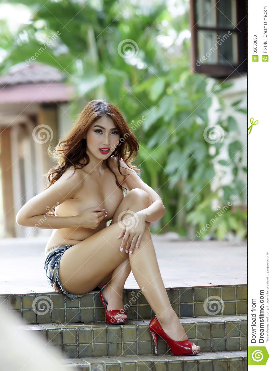 beautiful hot asian women