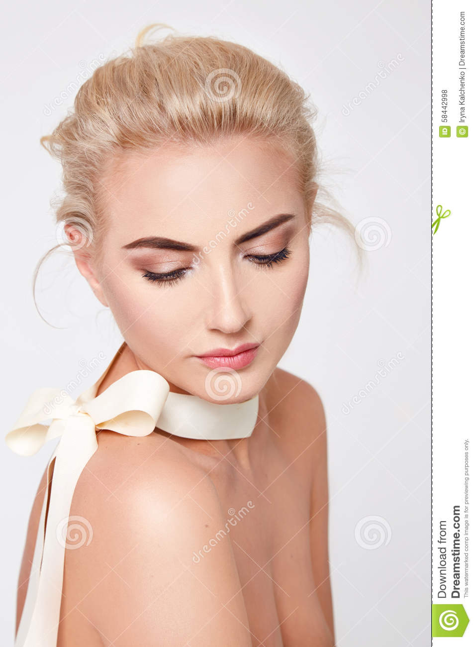 Beautiful Blond Woman Natural Makeup Nude Body Shape Stock Photo - Image 58442998-7328