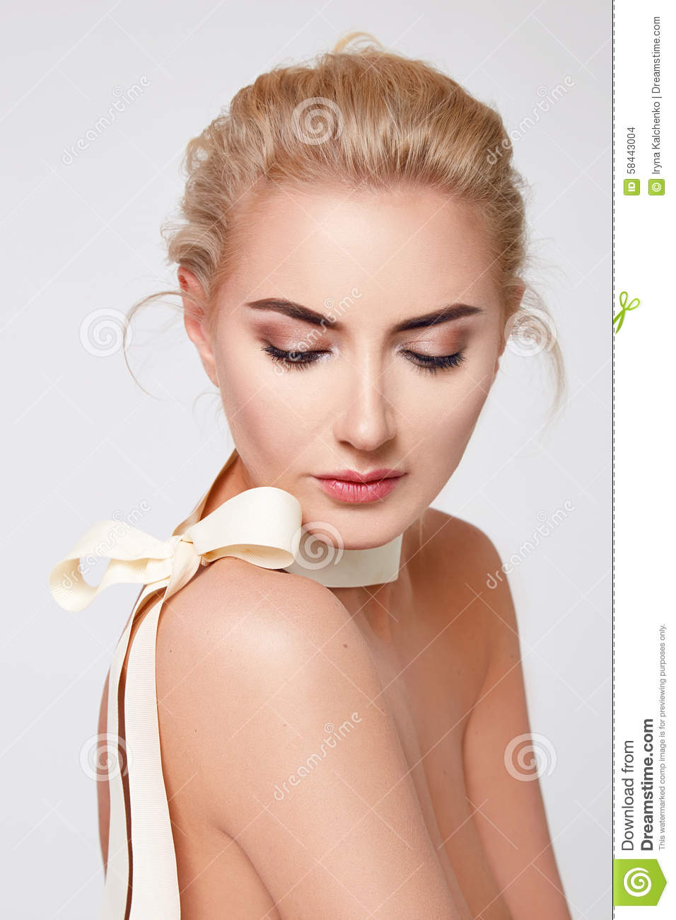 Beautiful Blond Woman Natural Makeup Nude Body Shape Stock Photo - Image 58443004-4241