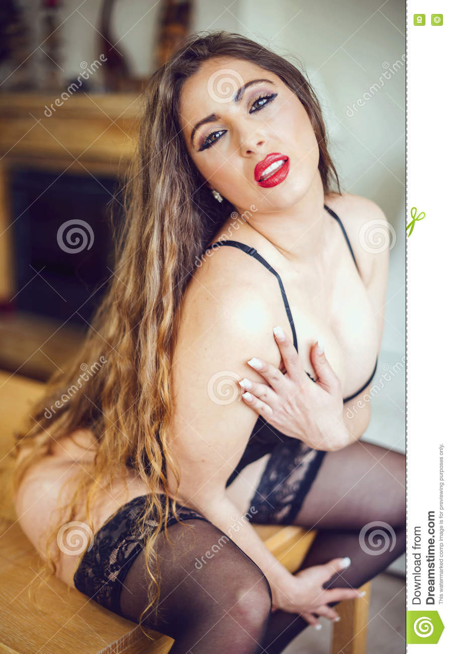 Images - Beautiful erotic woman