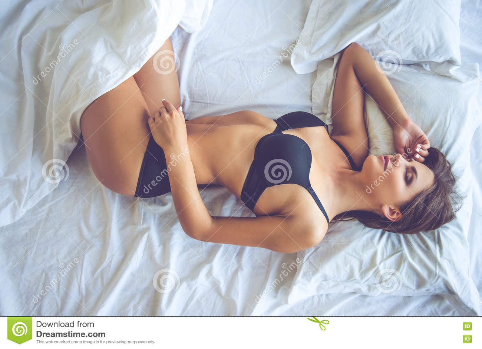 free sexy girl sleeping downloads