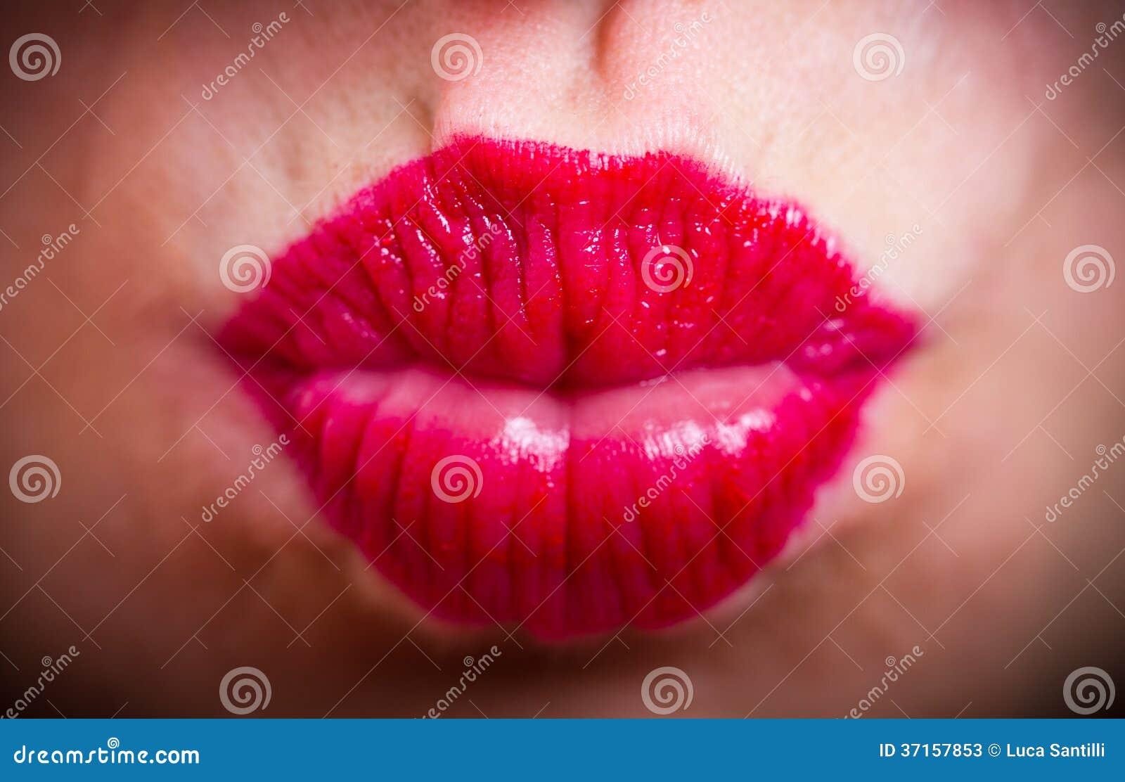 Секс только губами, Большие половые губы - лучшее порно видео на 22 фотография