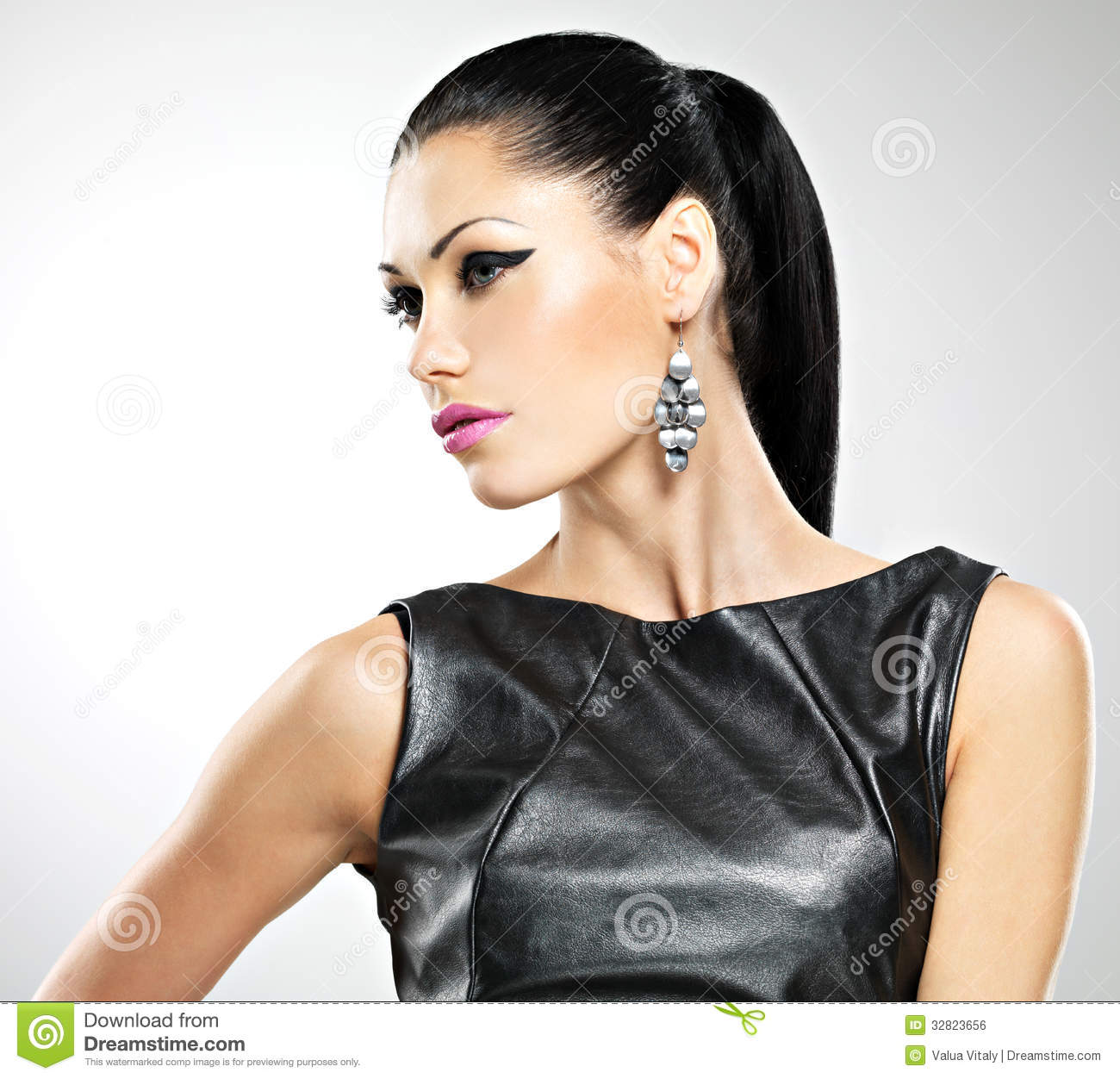 Beautiful Woman With Glamour Fashion Makeup Of Eyes And Gl Royalty Free Stock Image Image