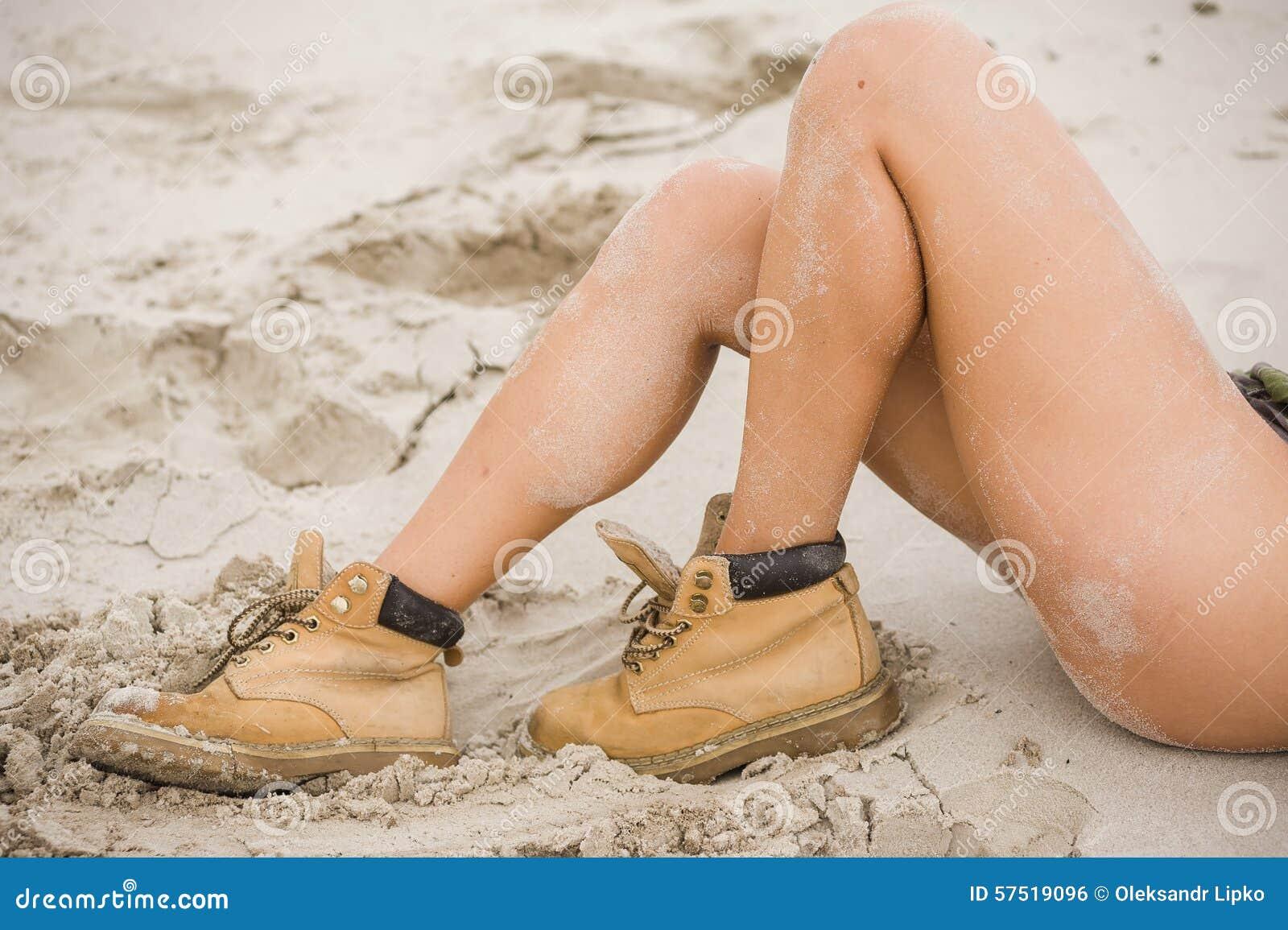 Slim teen leg pics