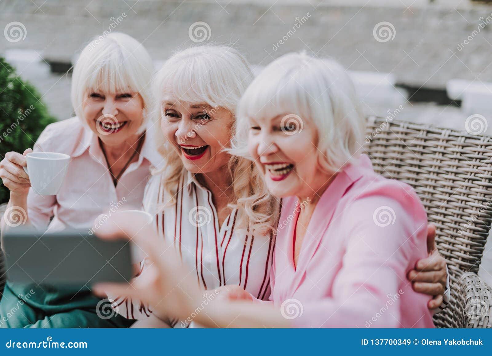 Ladies old cdn.dewtour.com you