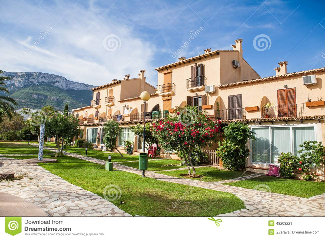 Beautiful spanish villa with swimming pool view stock photo image 48203221 for How to say swimming pool in spanish