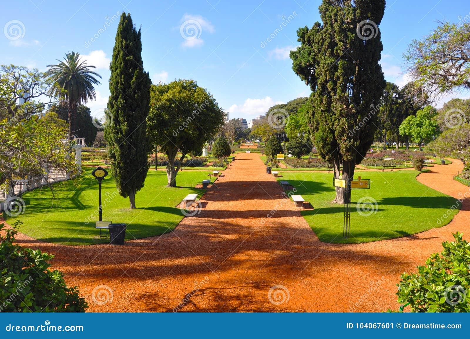 Argentina. Buenos Aires. Park. Rosedal de Palermo