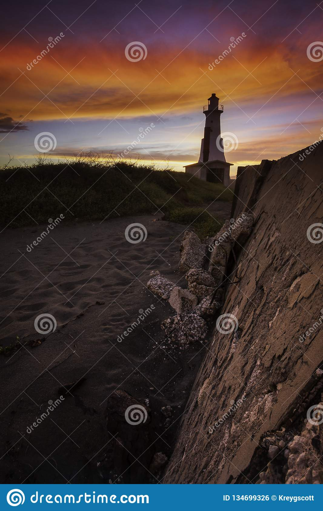 Beautiful sunset image of the Plumb Point Lighthouse