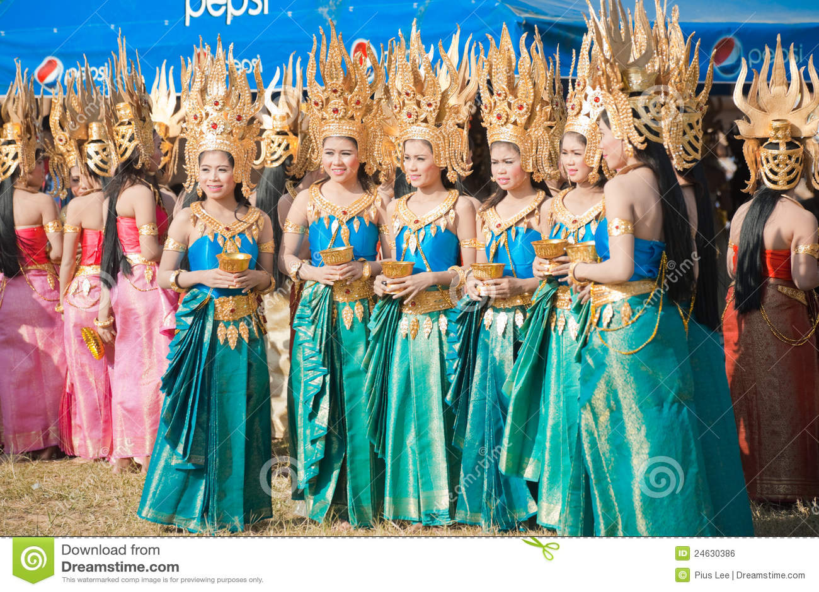 Surin Thailand  city photos gallery : SURIN, ISAN, THAILAND NOVEMBER 20, 2010: Beautifully dressed Thai ...