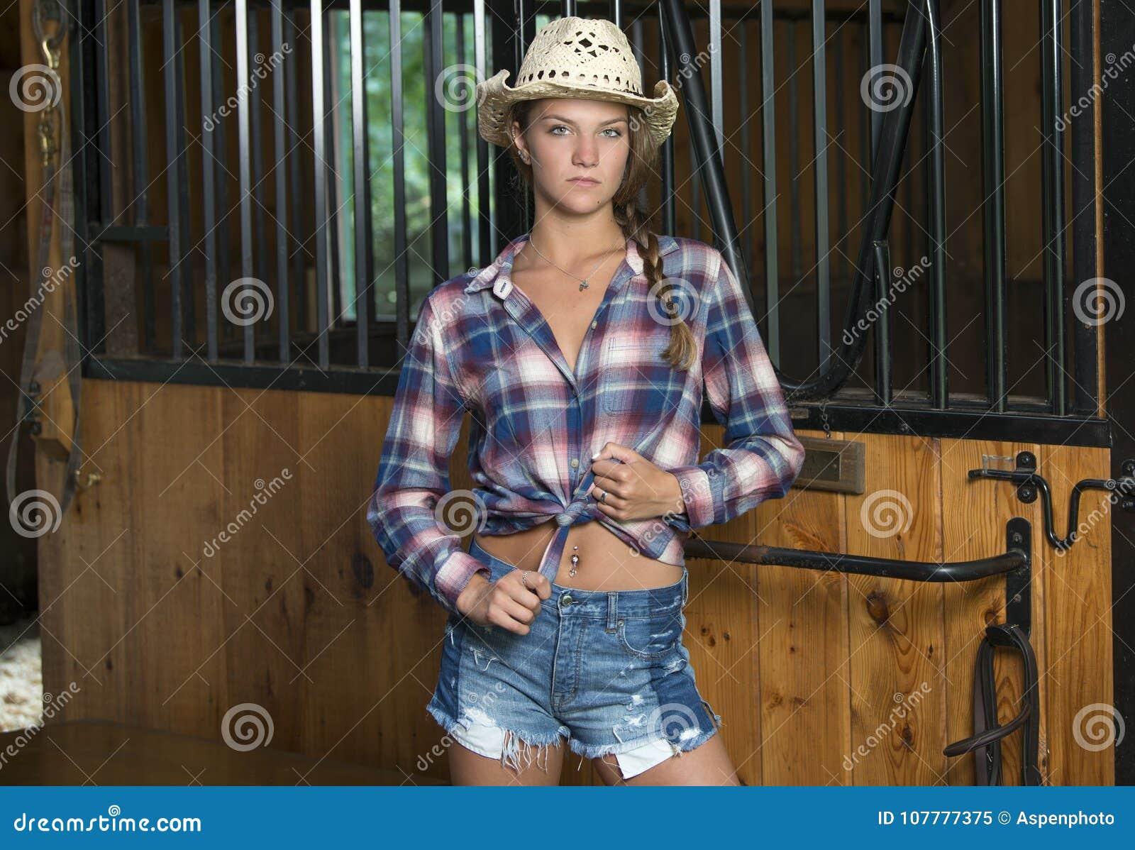 Cute teen cowgirl