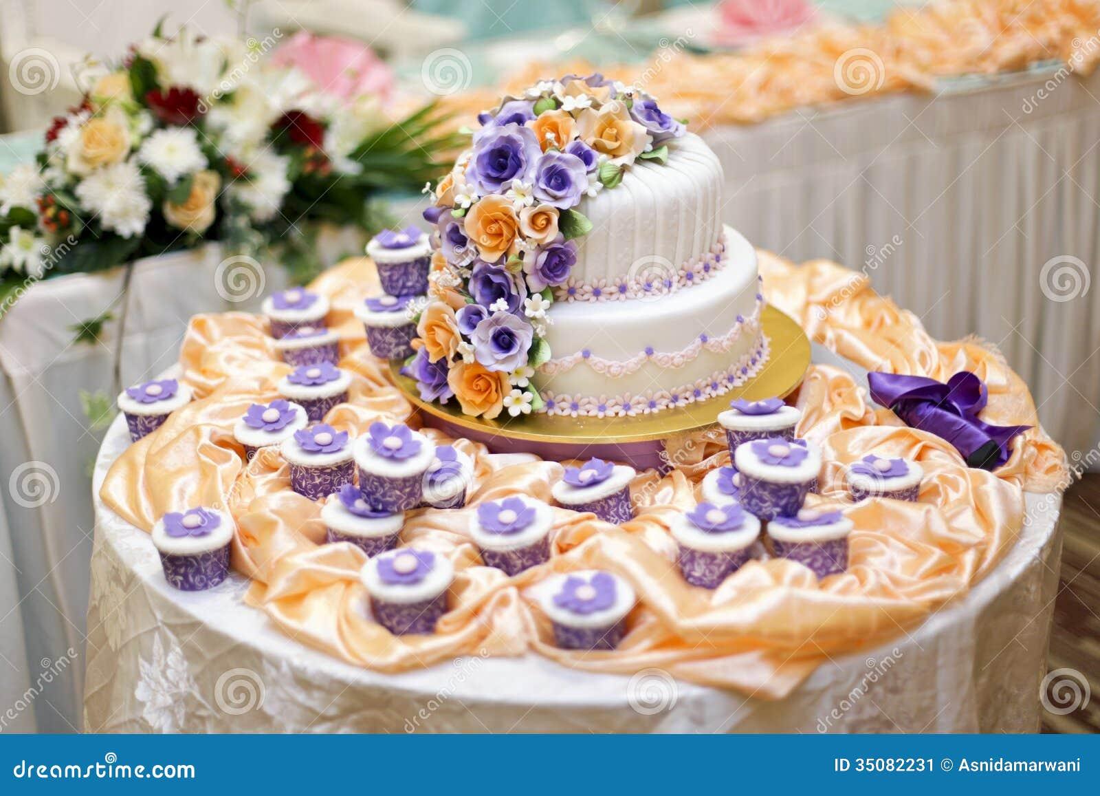 The Beautiful Wedding Cake Stock Image Image