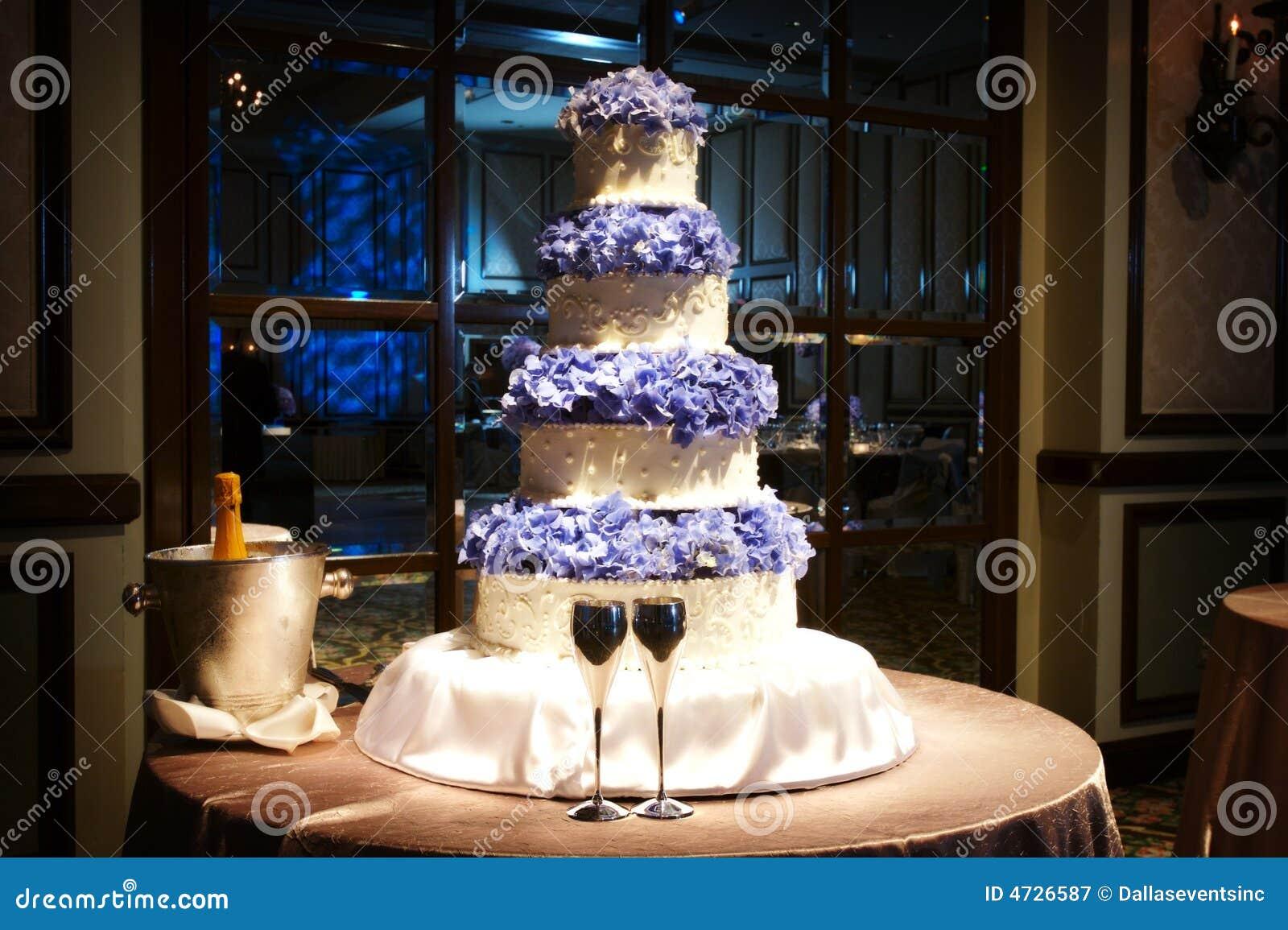 Beautiful Wedding Cake At A Wedding Reception Stock Image