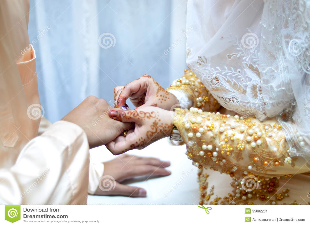 Beautiful Hands Ring Stock Images - Download 13,195 Photos