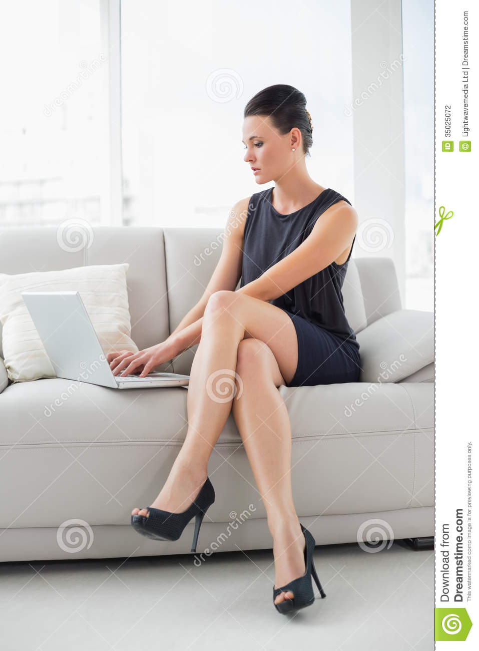 Beautiful Well Dressed Woman Using Laptop On Sofa Stock  : beautiful well dressed woman using laptop sofa full length young bright home 35025072 from www.dreamstime.com size 957 x 1300 jpeg 86kB