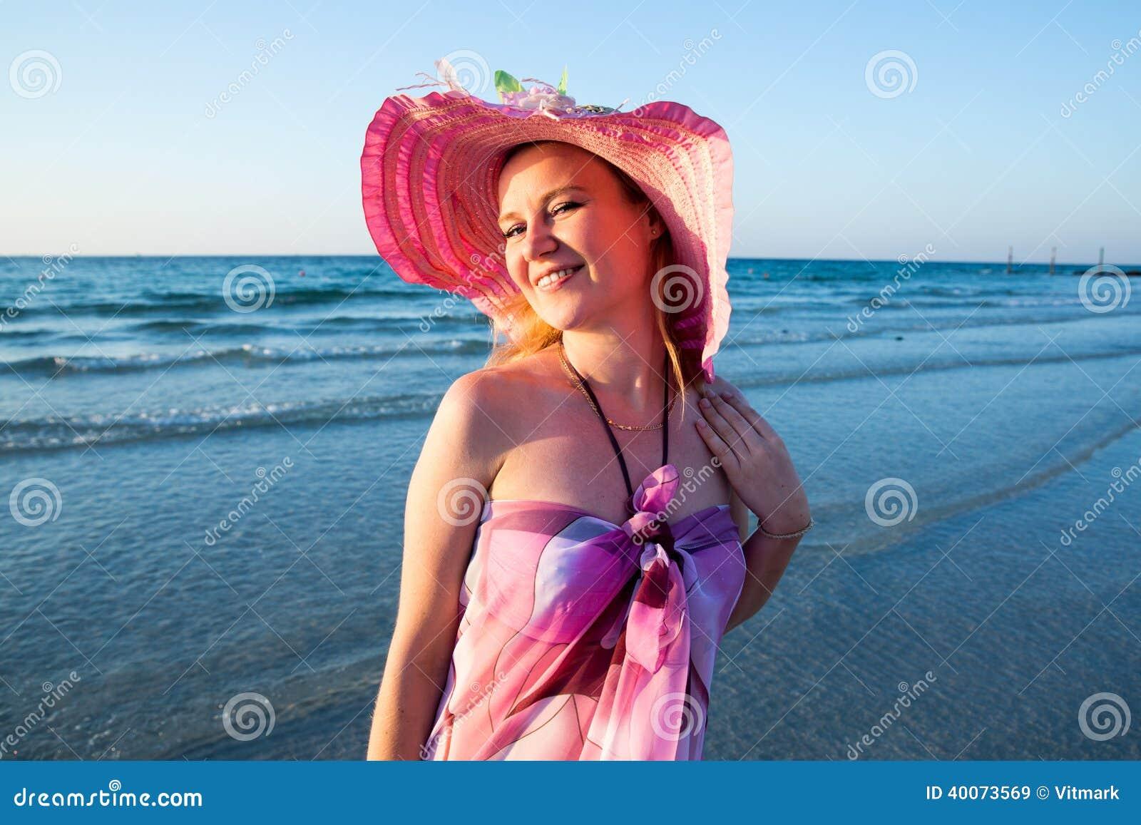 dubai beautiful nude women