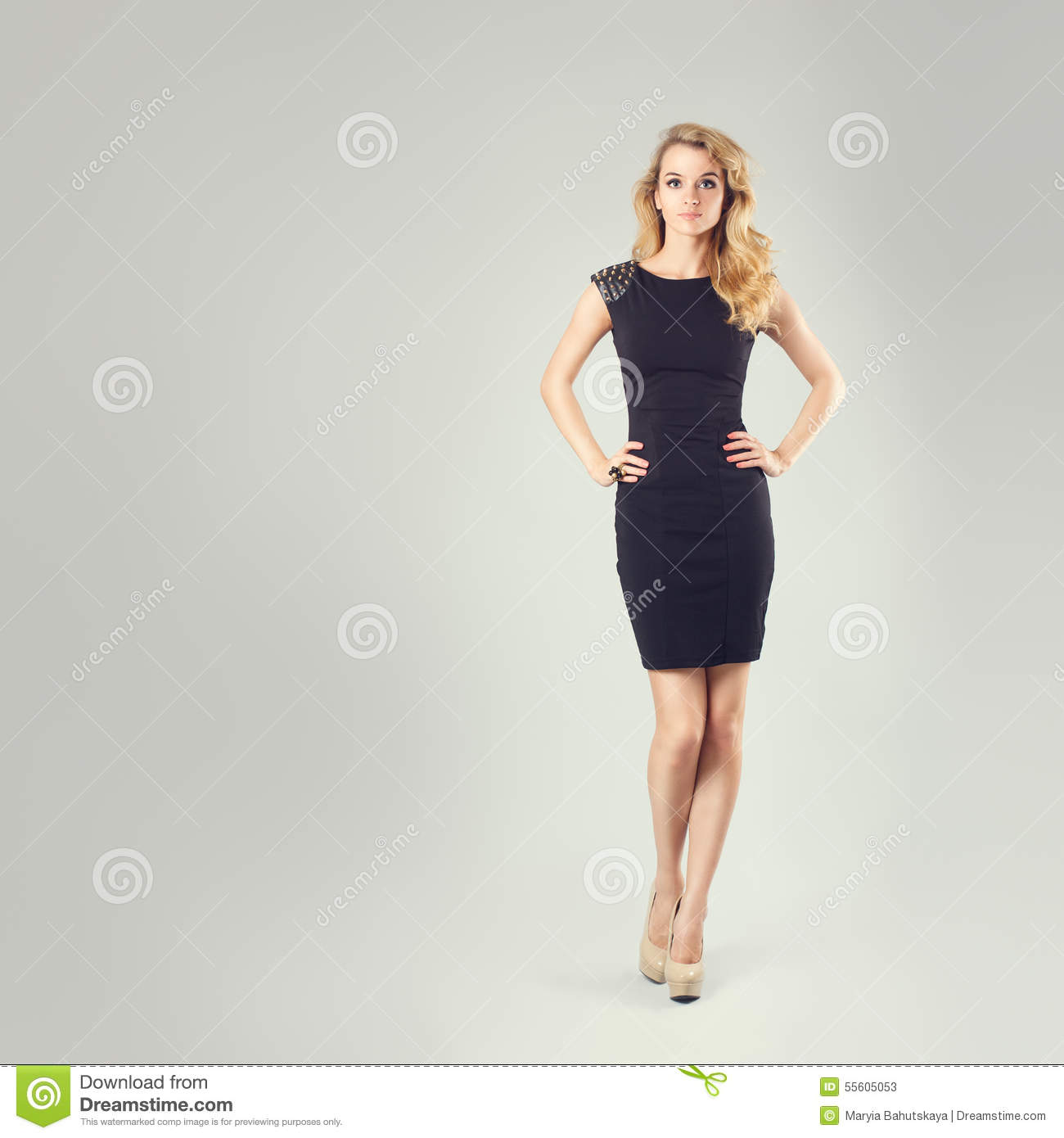 Woman hands on hips body language