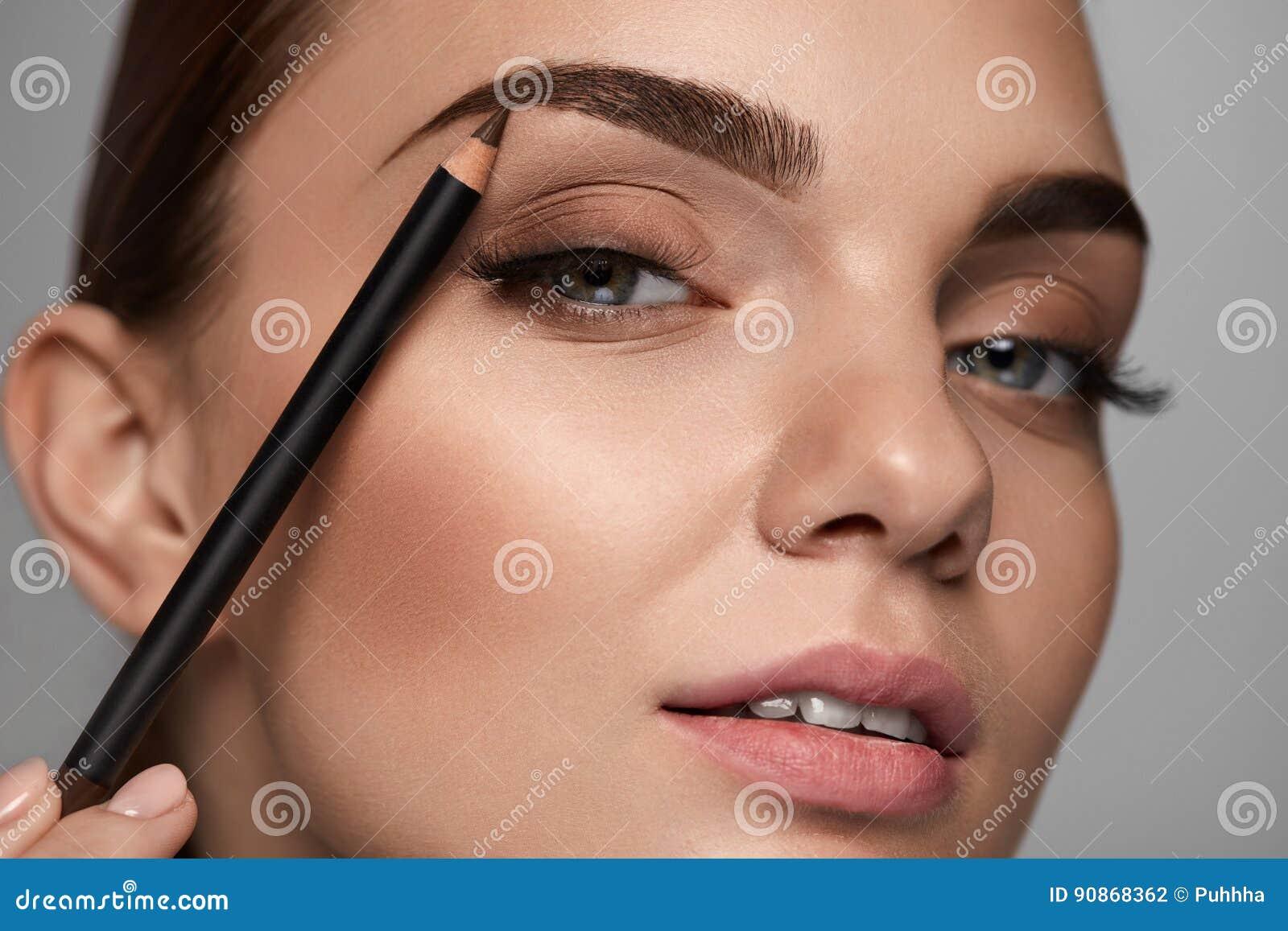 Как сделать брови карандашом или тенями