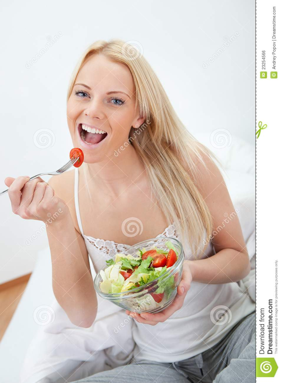 Beautiful Eat In Kitchens: Beautiful Woman Eating Green Salad Royalty Free Stock