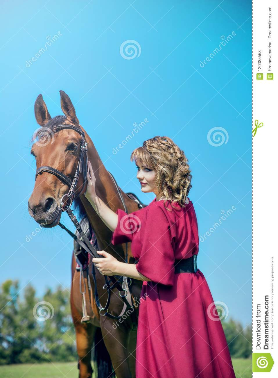 Beautiful yong womanl and horse