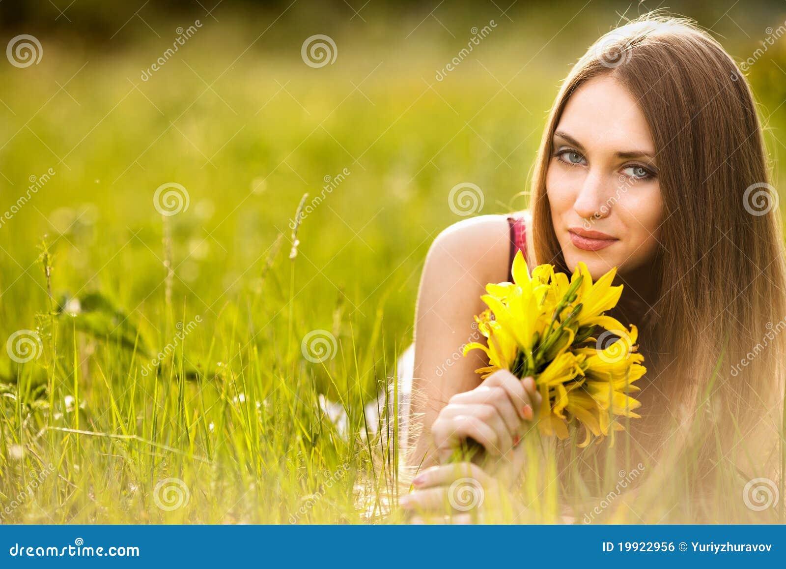 Спокойные деревенские женщины 13 фотография