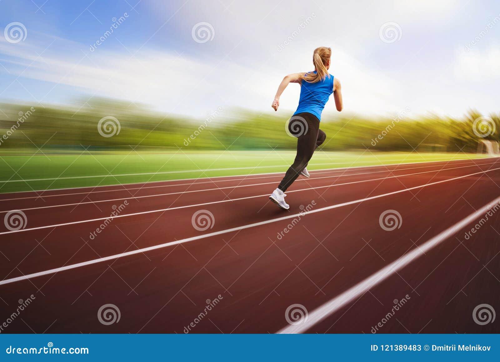 Free Runs Good For Track | Provincial Archives of Saskatchewan