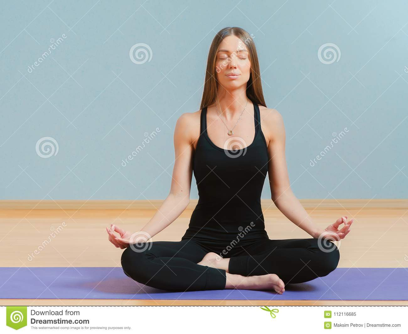 Beautiful Young Fit Woman Sitting In Pose Of Lotus On Yoga Mat Stock Image Image Of Lotus Exercise 112116685
