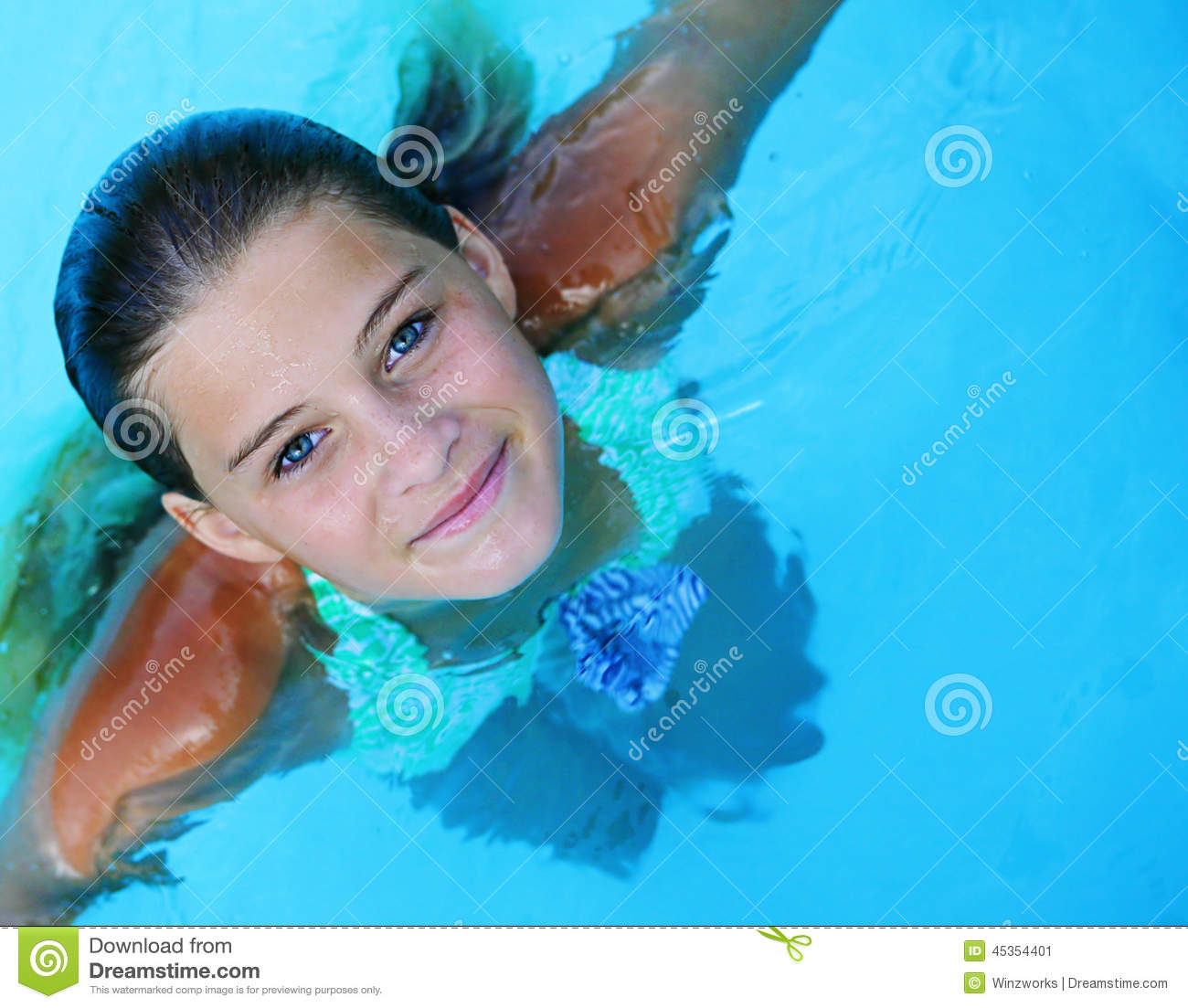 Caucasian Lady Floating In Swimming Pool. Stock Photo - Image ...