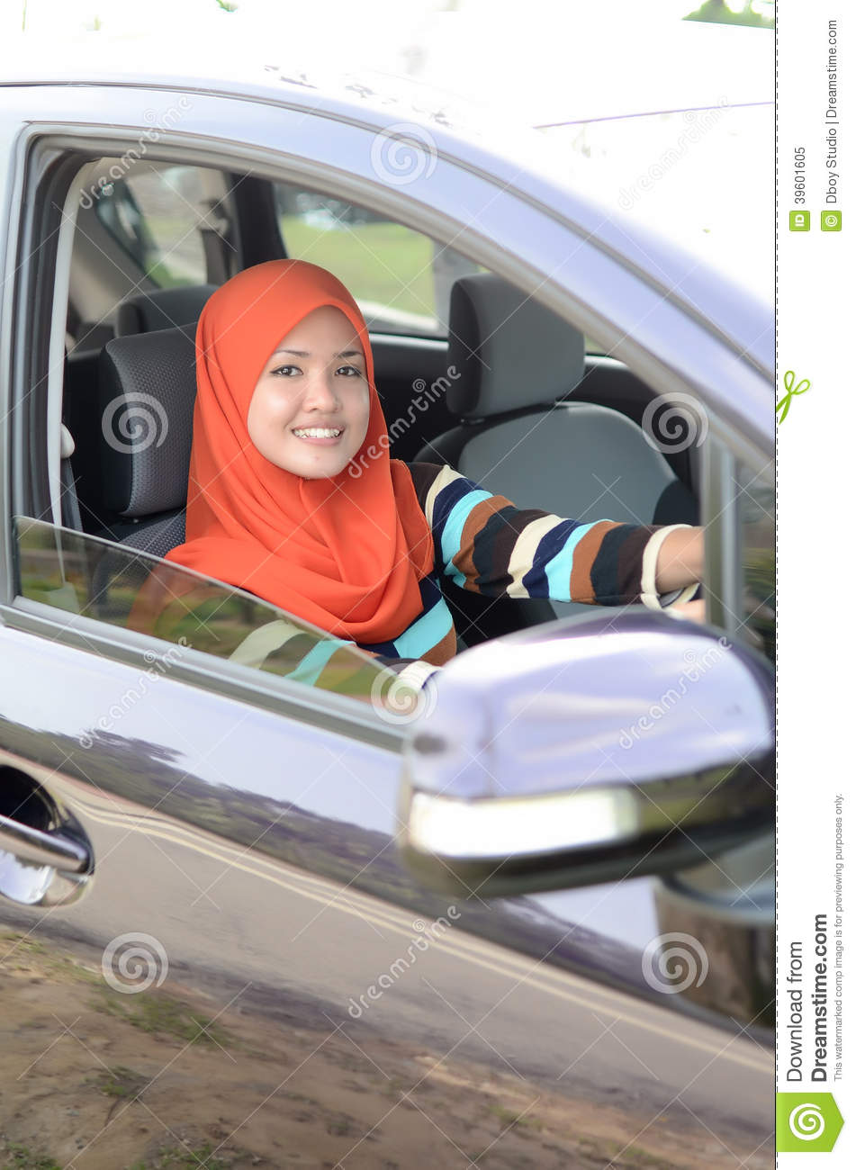muslim single women in driver Back home in the midwest, drivers tend to be kind  when you go out as a single woman,  i see many arab muslim men as viewing western women as an easy date .