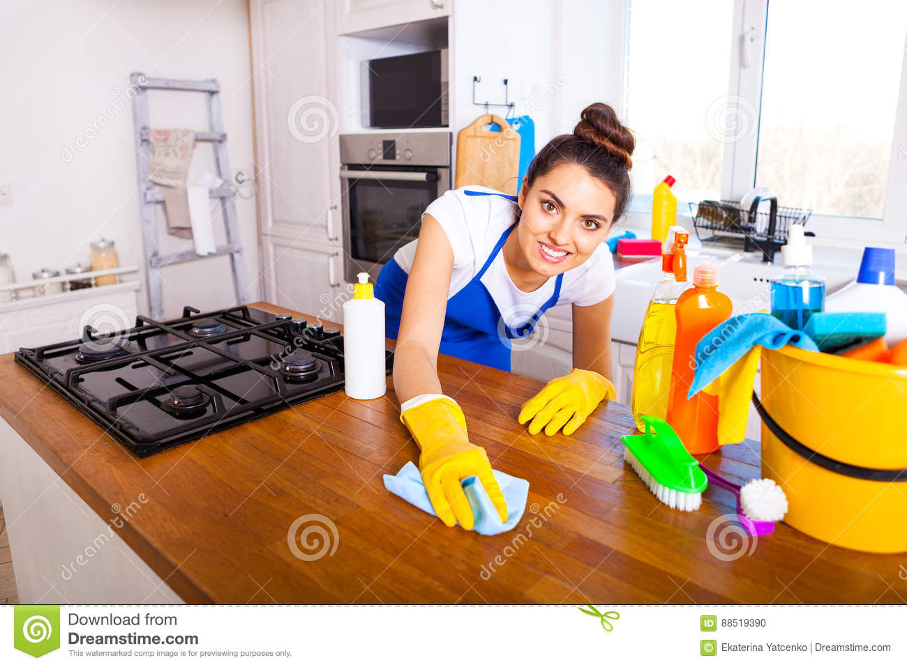 House lady nude cleaning