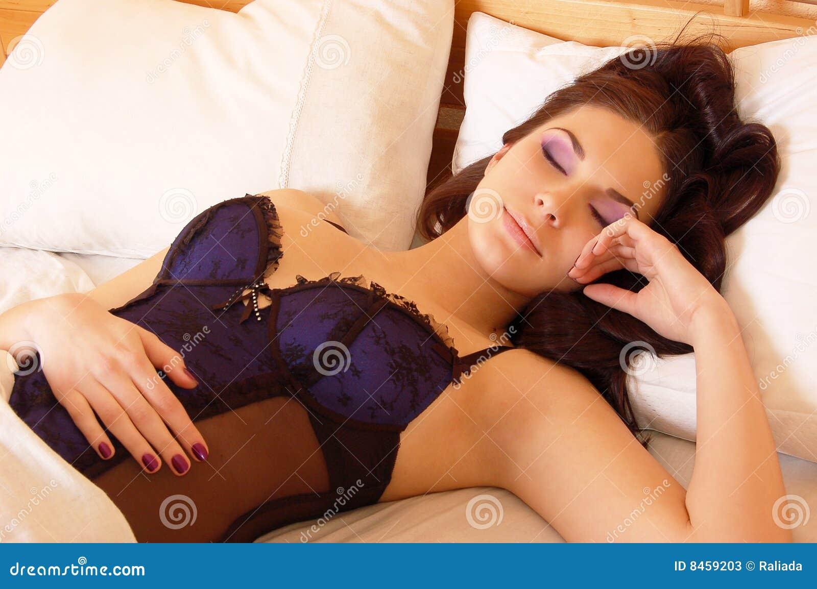 Причины эротических снов 10 фотография
