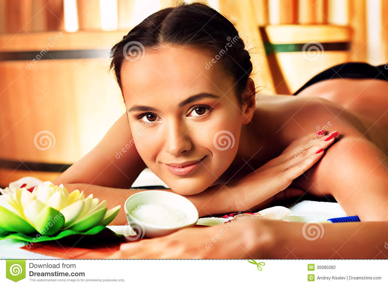 Beauty treatment stock photography image 30085082 for Salon younga