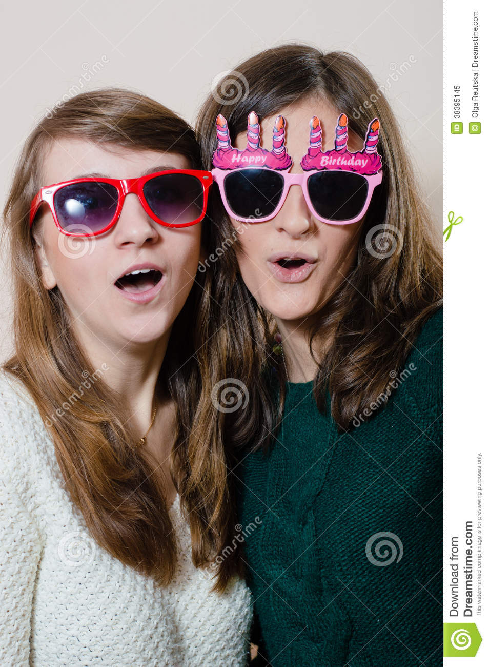 Beautiful Young Women Girl Friends With Sunglasses Royalty