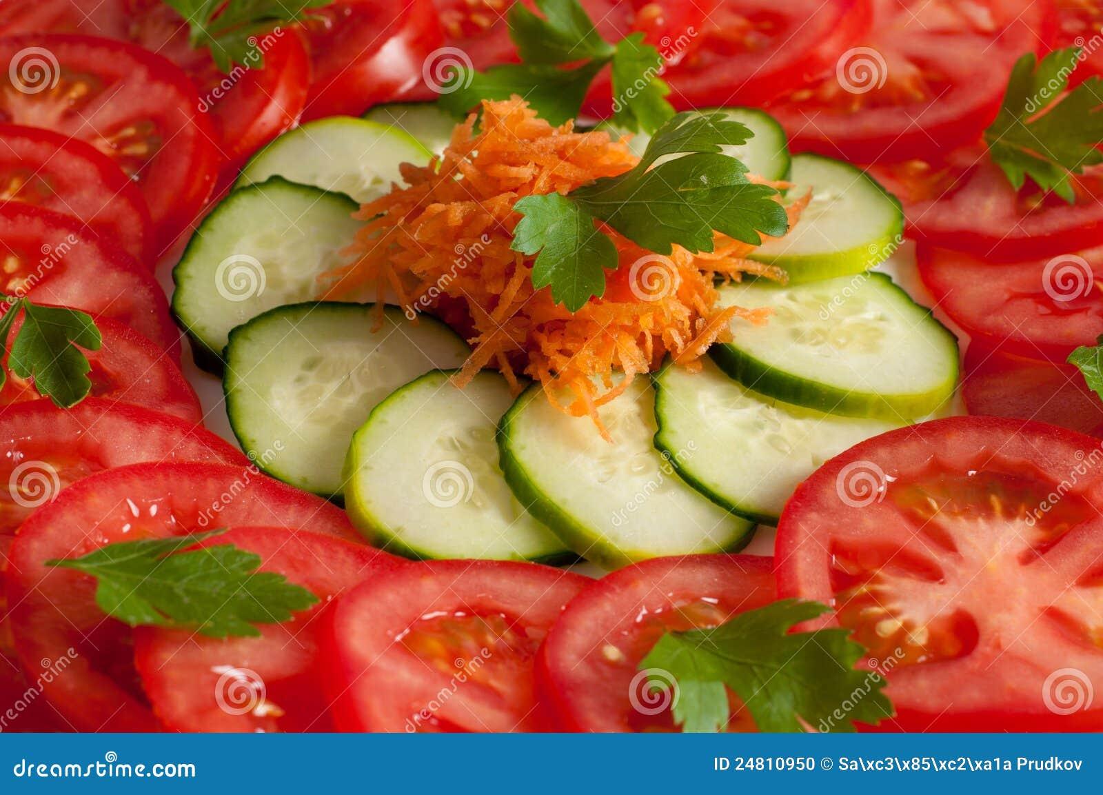pics Easy Tomato and Mozzarella Salad