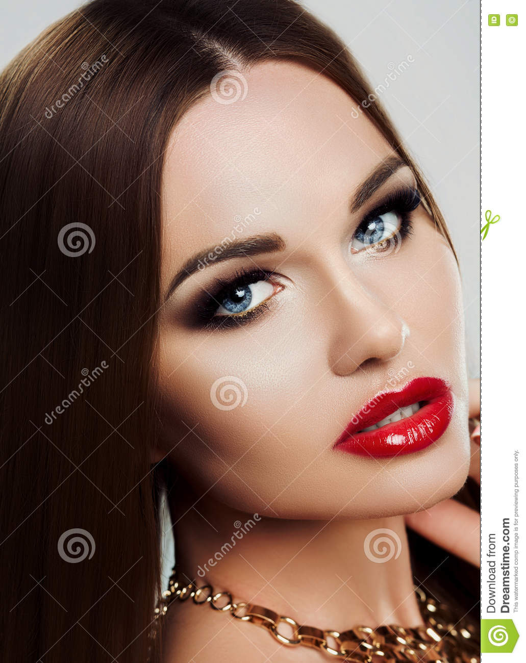 Makeup For Blue Eyes And Red Lips - Makeup Vidalondon