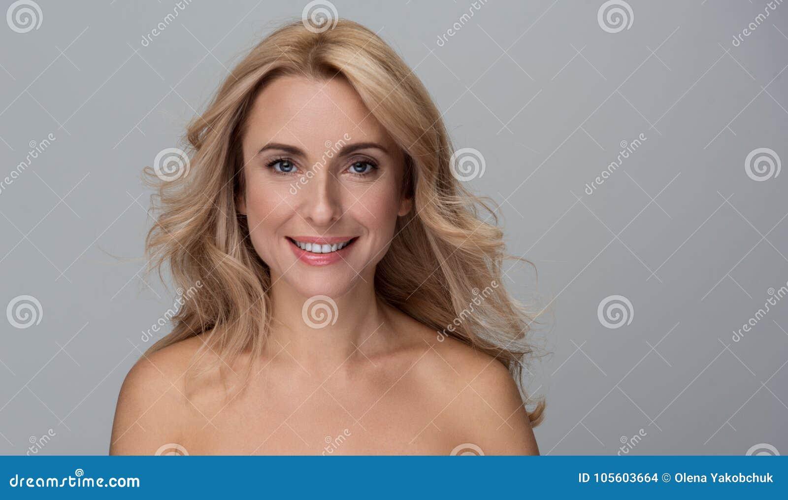 Desi boobs kissing