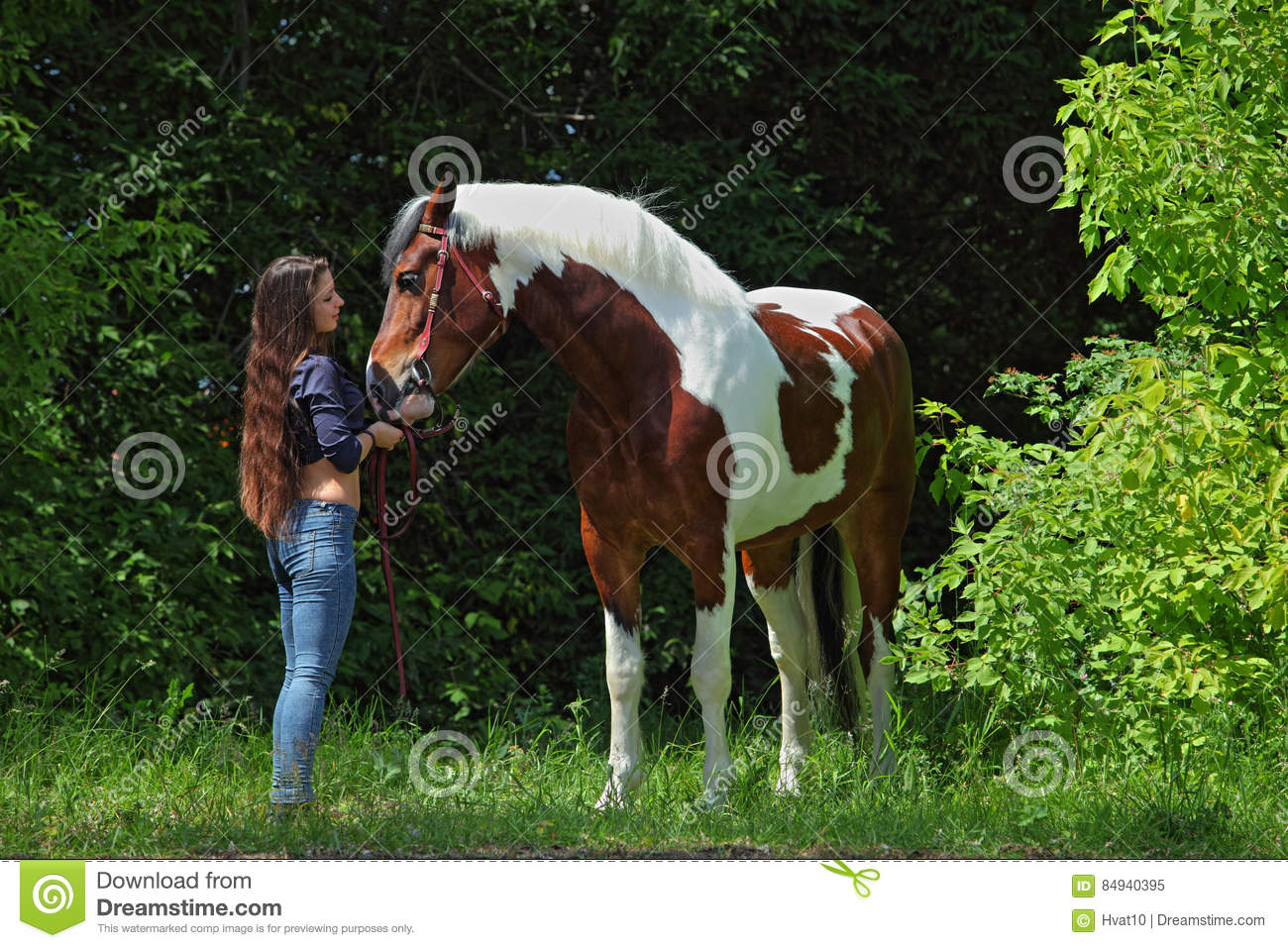 Beauty Cowgirl With Appaloosa Horse Stock Image Image Of Casual Cowgirl 84940395