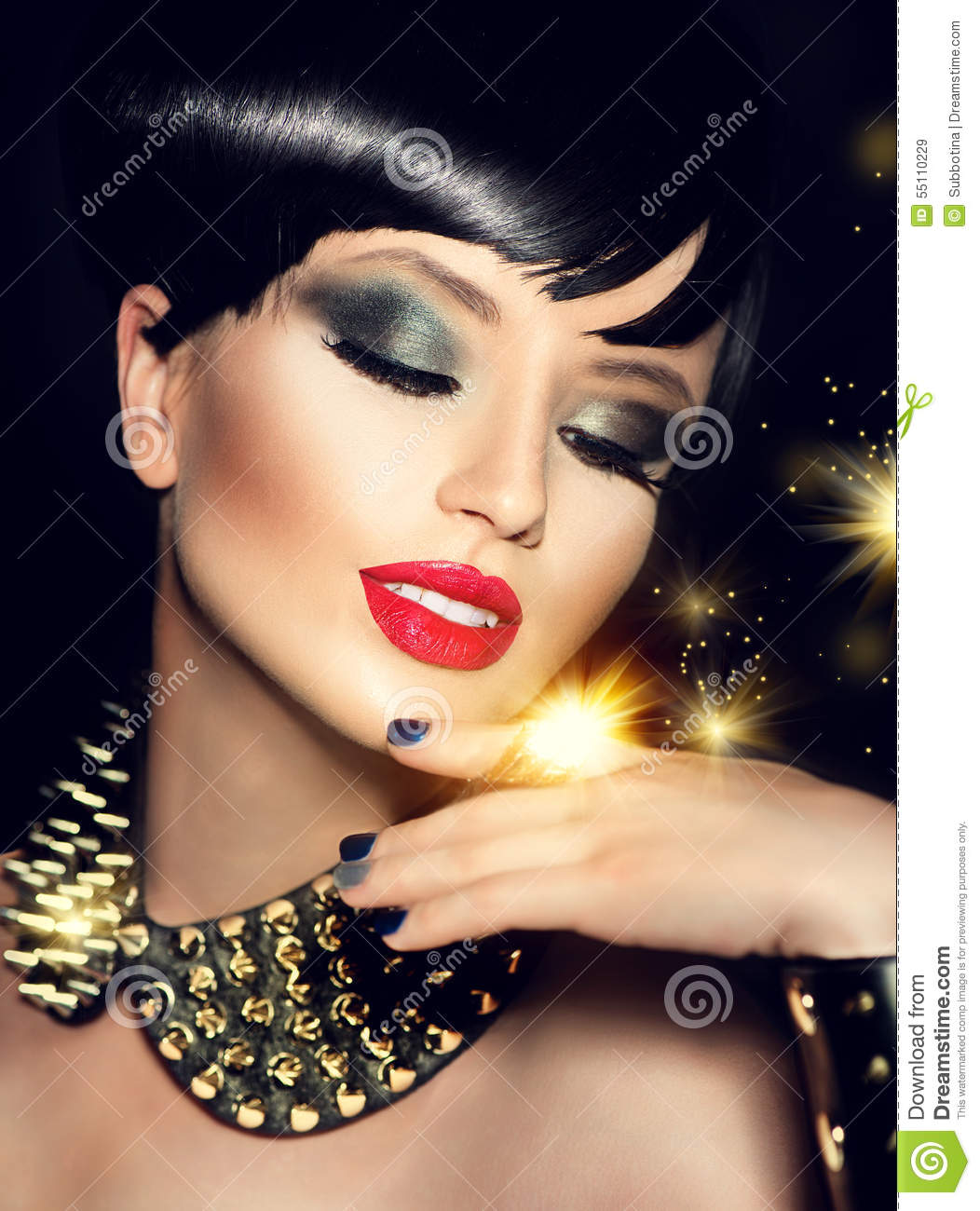 Beauty Fashion Model Girl With Short Hair Stock Image