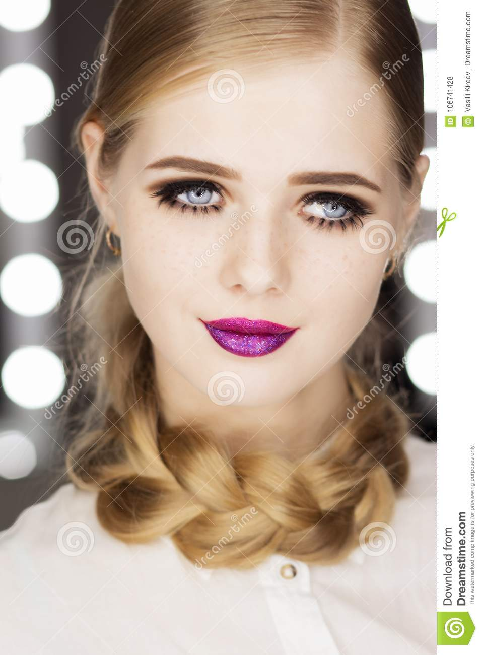 Beautiful Glamour Girl With Short Blonde Hair Stock Photo Image
