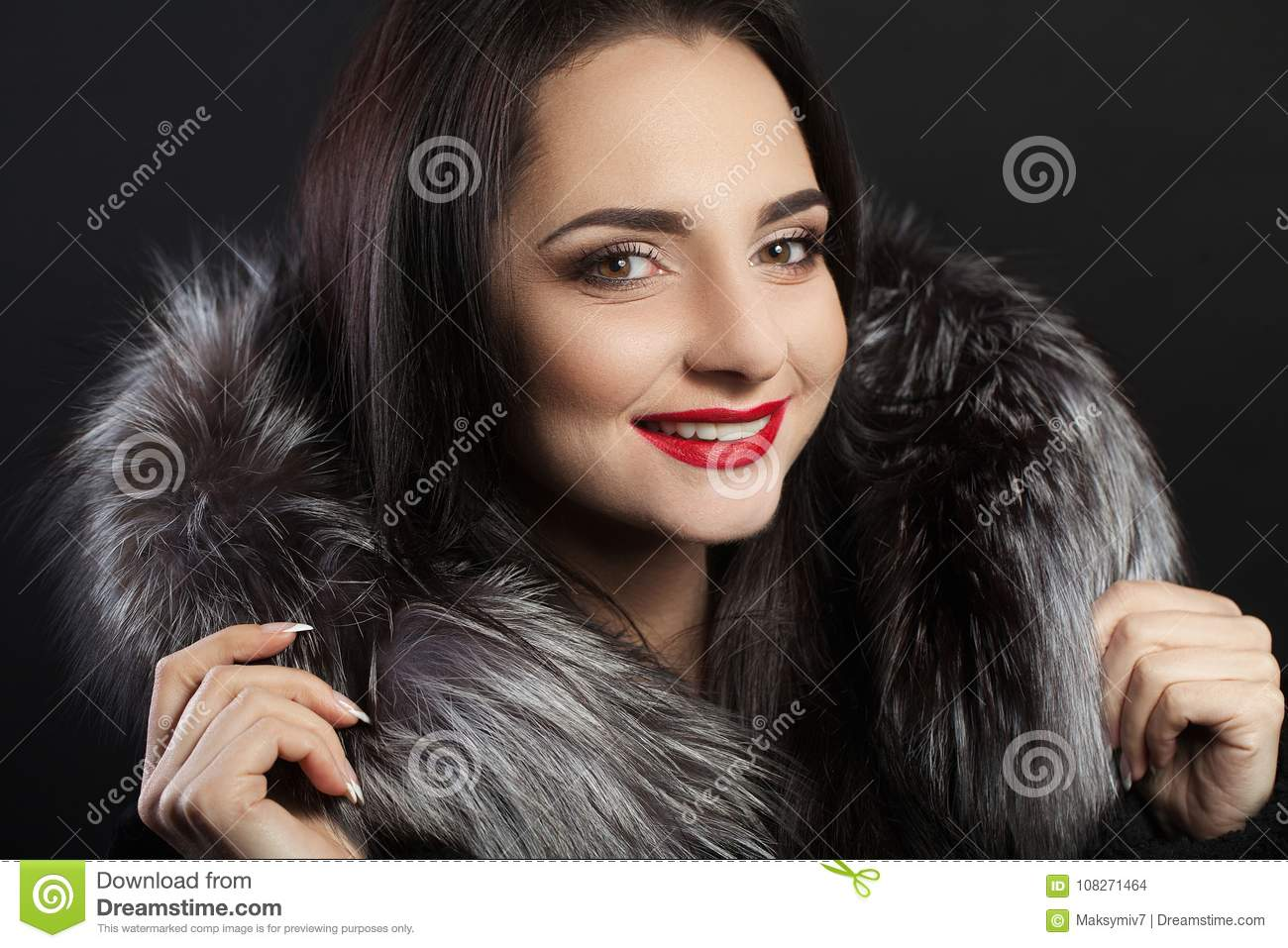 Download Beauty Fashion Woman Face With Perfect Smile Closeup Of Beautiful Girl Face With Bright