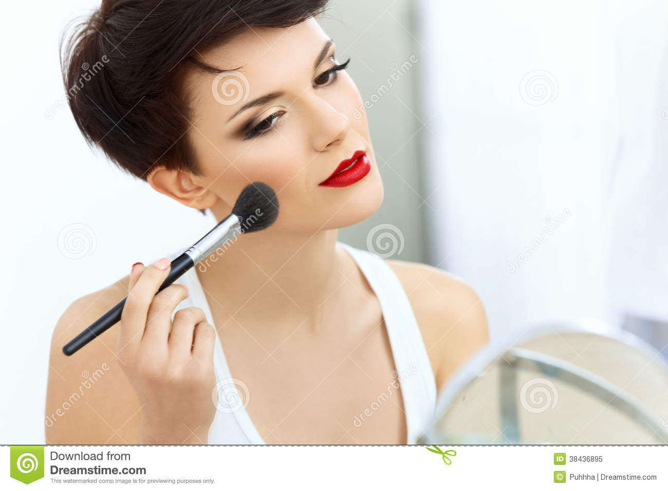 how to make lips red for man